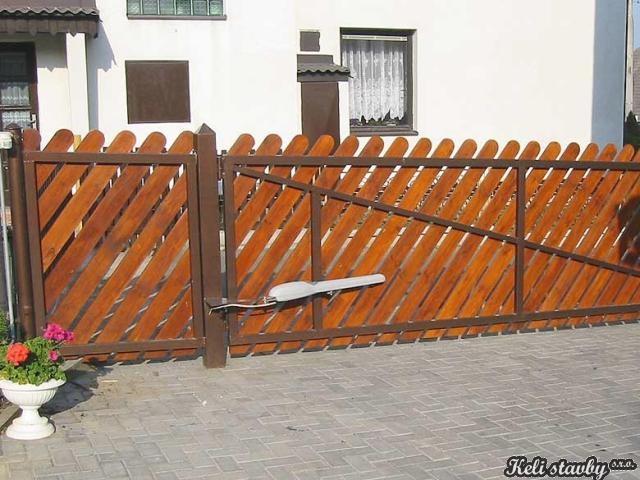 Brány,vrata,dveře,ploty